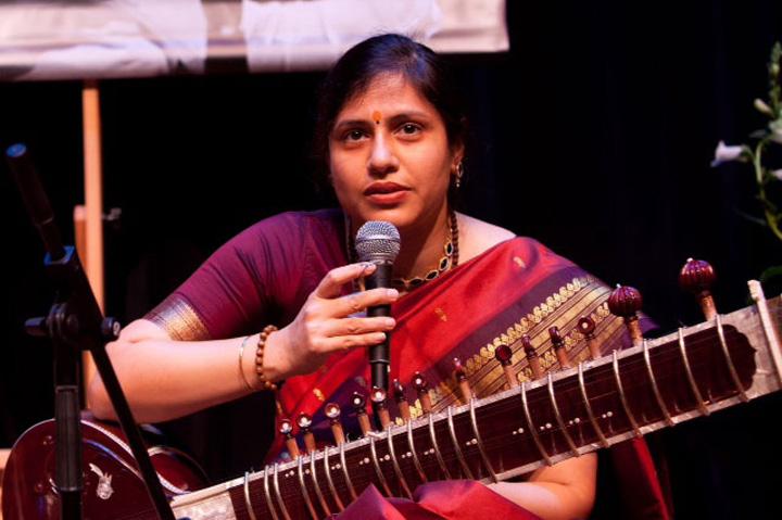 Biography – Anupama Bhagwat
